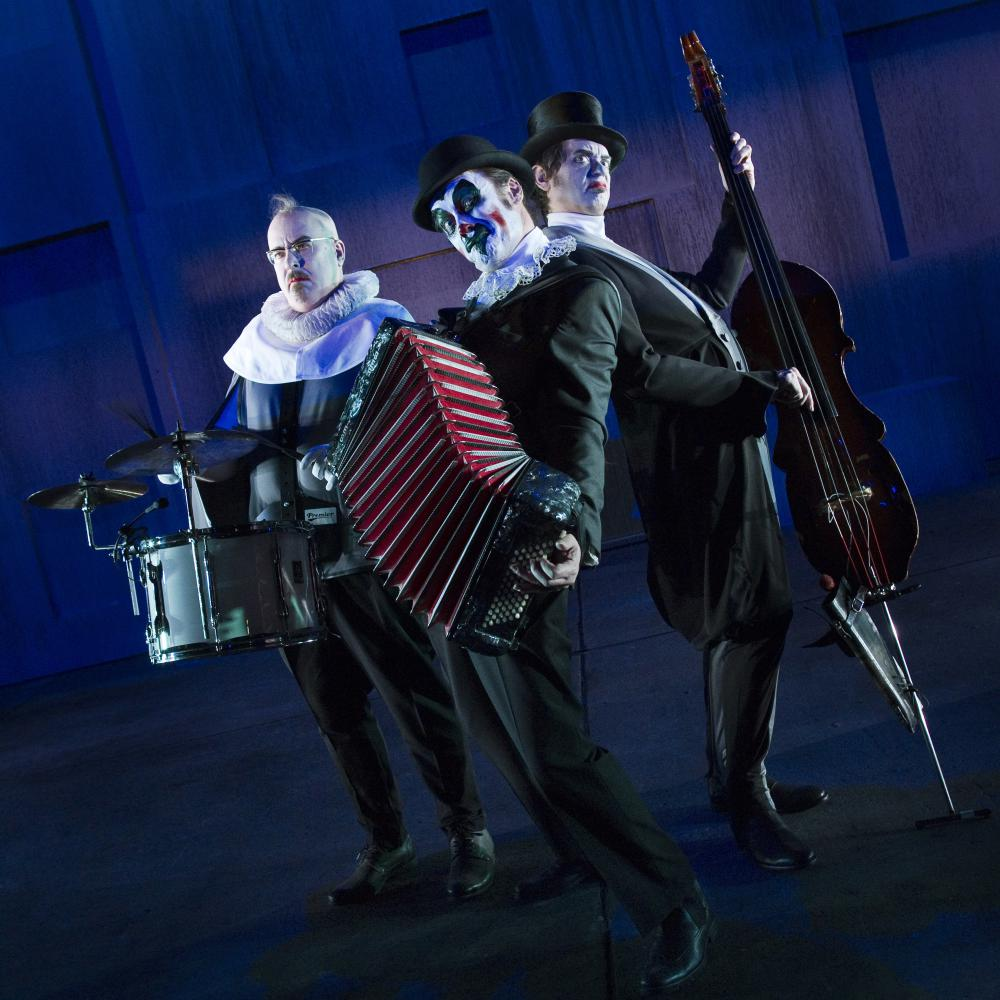 The Tiger Lillies perform HAMLET © Miklos Szabo